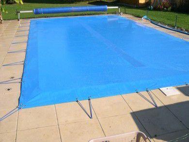 quelle bache hivernage piscine